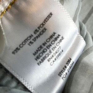 CAbi Jeans - Cabi Size 8 Dover Curvy Fit Skinny Denim Jeans NWT